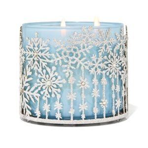 Falling snow candle holder